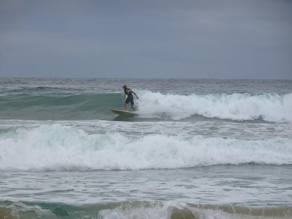 Britt Surfing Wizard Beach, Bastimentos